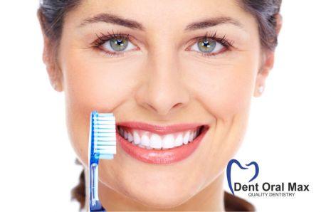 Periuțele de dinți albastre